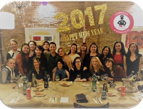Todo el equipo de Limpieza a Domicilio Barcelona les desea un Feliz 2017!
